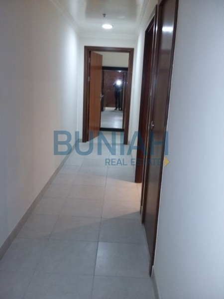 2 bedroom with balcony, partial marina view, available for rent in Dubai Marina